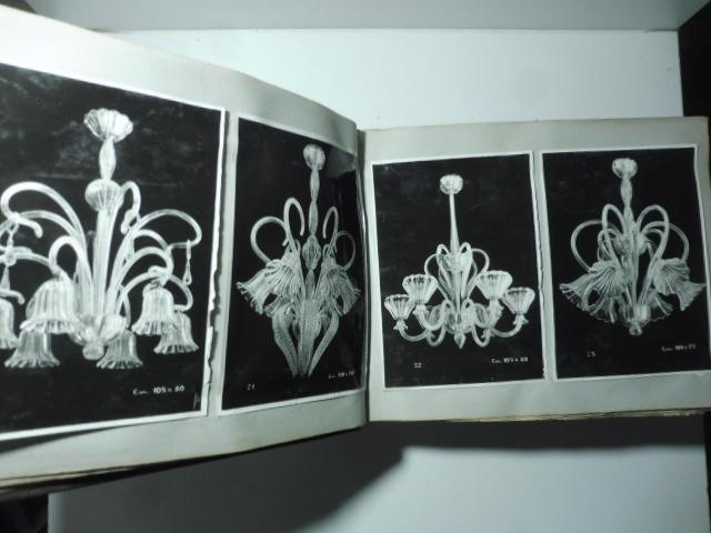 Mazzega S.R.L. Vetri d'arte. Murano. (Catalogo che raccoglie centinaia di fotografie relative alla produzione di lampadari in vetro)